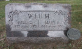 Gravestone of Paul L. & Mary E. Wium