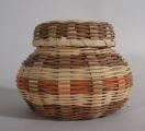 Cherokee basket with lid (1990)