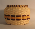 Cherokee jar shaped basket (1990)