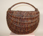 Ojibwa medium sized melon basket with handle (Date Unknown)