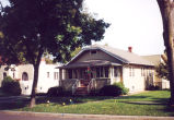 Dunton Avenue, 805 North