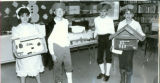 "Lowpoint-Washburn Fifth Grade Classes 1990 ""Colonial Day's"