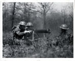 2nd Inf manning machine guns.  92.24.2142